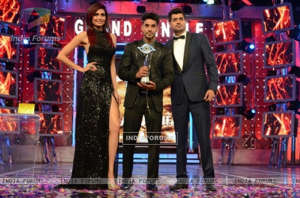 Gautam Gulati announced as the winner of Bigg Boss Halla
