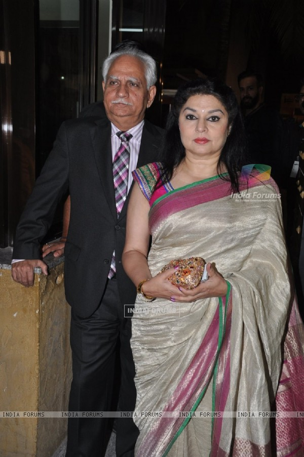 Ramesh Sippy was seen with wife Kiran Juneja at the 60th Britannia Filmfare Awards
