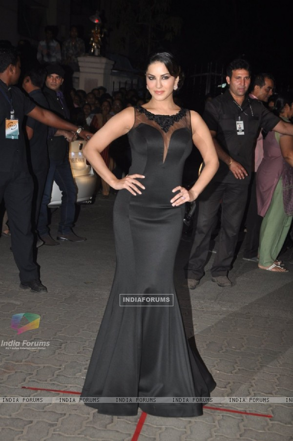 Sunny Leone at the 60th Britannia Filmfare Awards