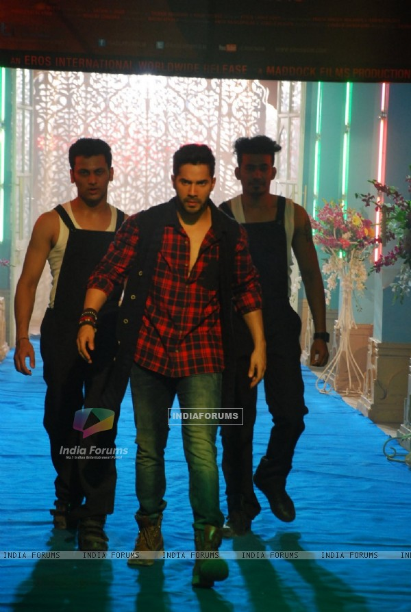 Varun Dhawan performs during the Promotions of Badlapur on CID