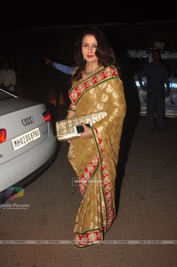 Poonam Dhillon poses for the media at Hinduja Bash