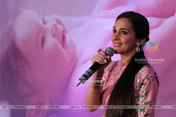 Tara Sharma interacts with the audience at Johnson & Johnson Press Conference