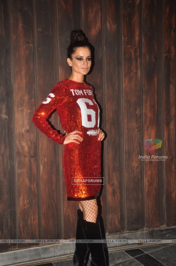 Kangana Ranaut poses for the media at the Success Bash of Queen