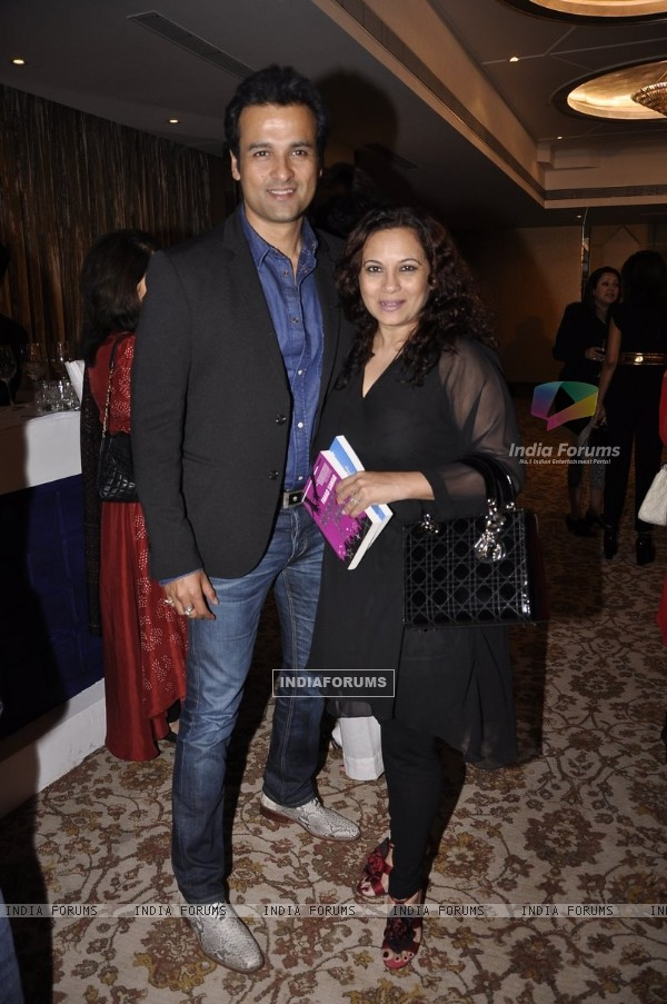 Rohit Roy pose with wife Manasi Joshi Roy at the Launch of Farhad Samar's Book 'Flash Point'