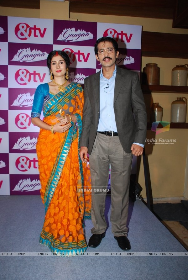 Gungun Uprari and Hiten Tejwani pose for the media at the Launch of Gangaa
