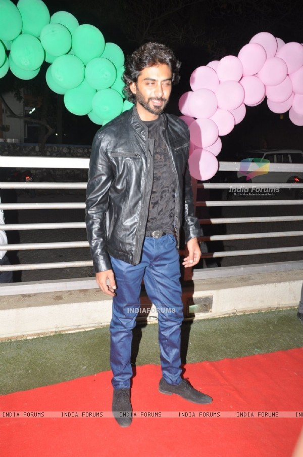 Rohit Khurana poses for the media at the Premier of MSG: The Messenger of God