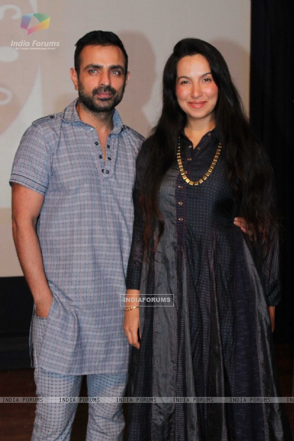 Shraddha Nigam poses with her husband at Indo Korean Grand Musical Event by Sandip Soparkar
