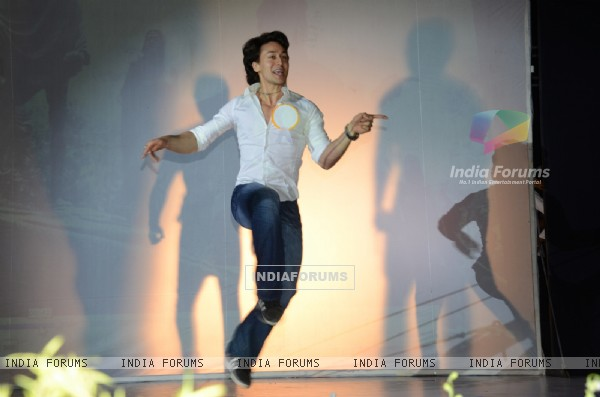 Tiger Shroff performs at the Annual Day of Children's Welfare Centre High School