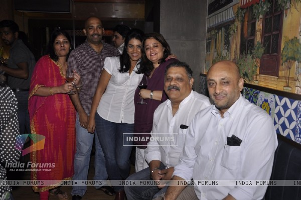 Sonali Kulkarni poses with friends at Cafe D'WINE
