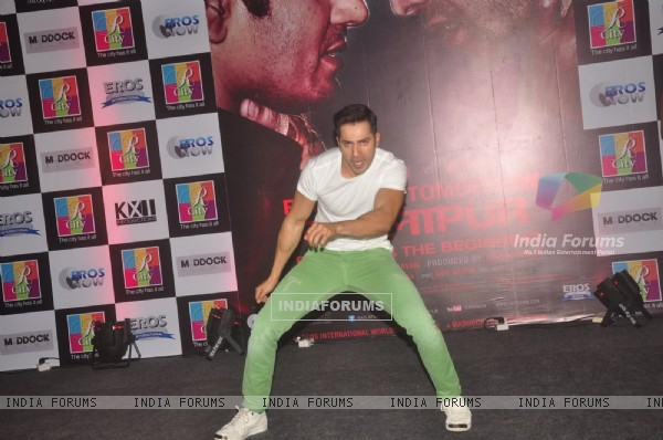 Varun Dhawan performs at the Promotions of Badlapur at R City Mall