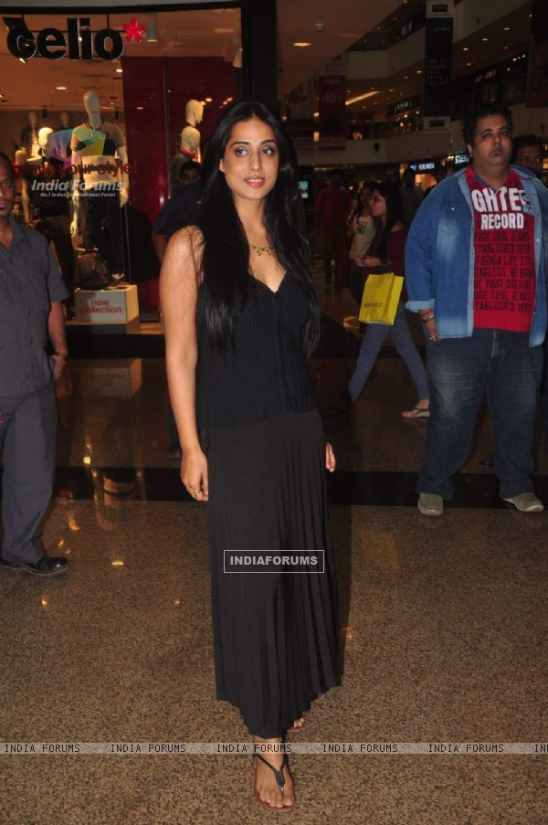 Mahie Gill poses for the media at the Promotions of Hey Bro