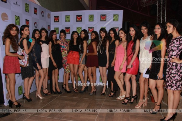 Models pose for the media at Vinofest Launch