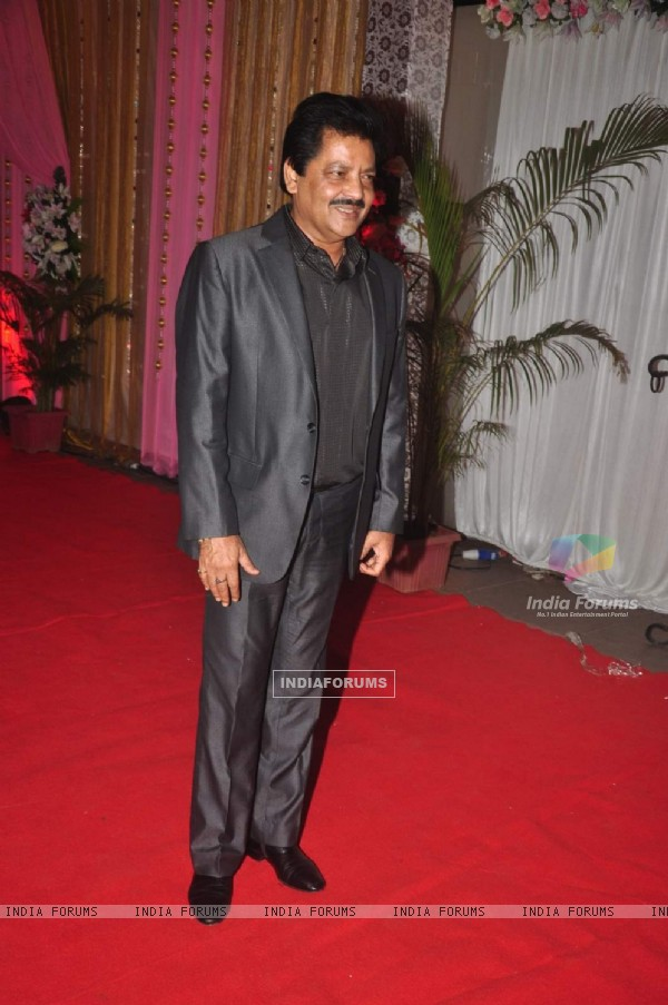 Udit Narayan poses for the media at the Grand Success Bash of Hey Bro's Music