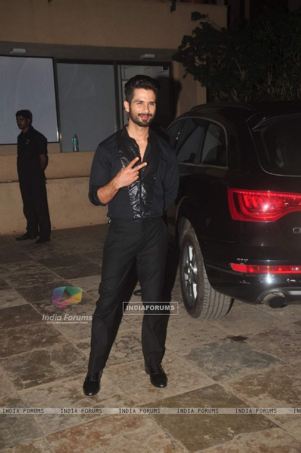 Shahid Kapoor poses for the media at his Birthday Bash
