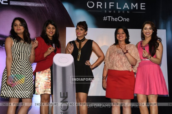 Huma Qureshi was snapped at the Launch of Oriflame Matte Lipstick
