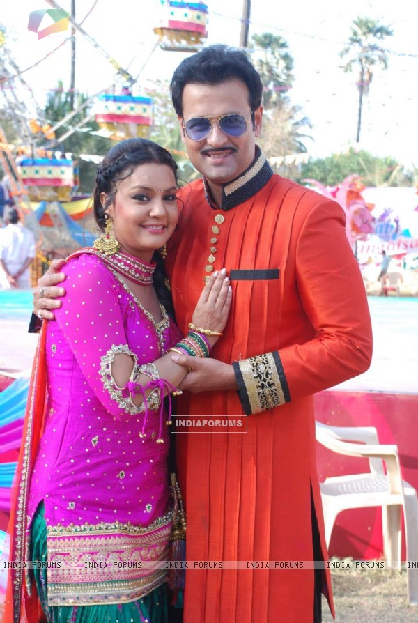 Sucheta Khanna and Rohit Roy at Sab TV's Holi Celebration