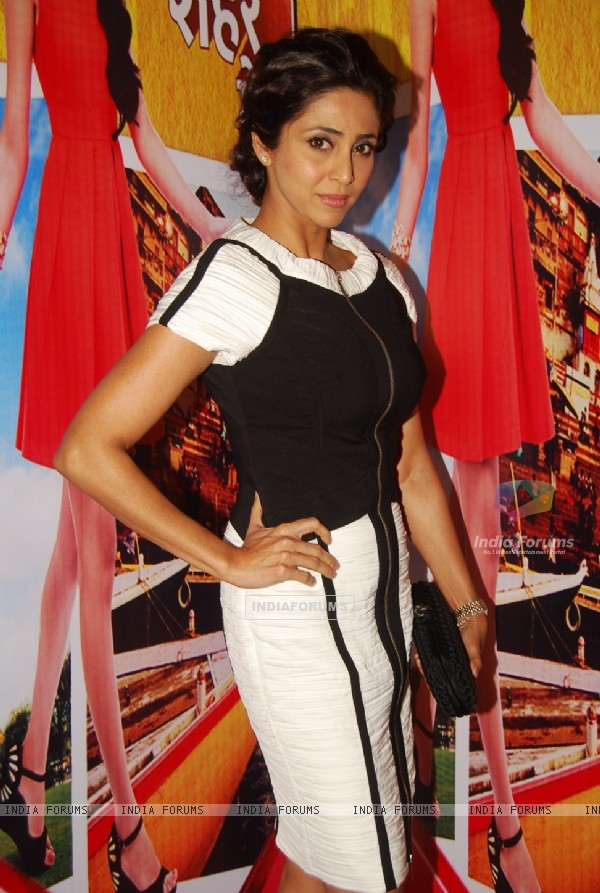 Gautami Kapoor poses for the media at the Launch of Tere Sheher Mein