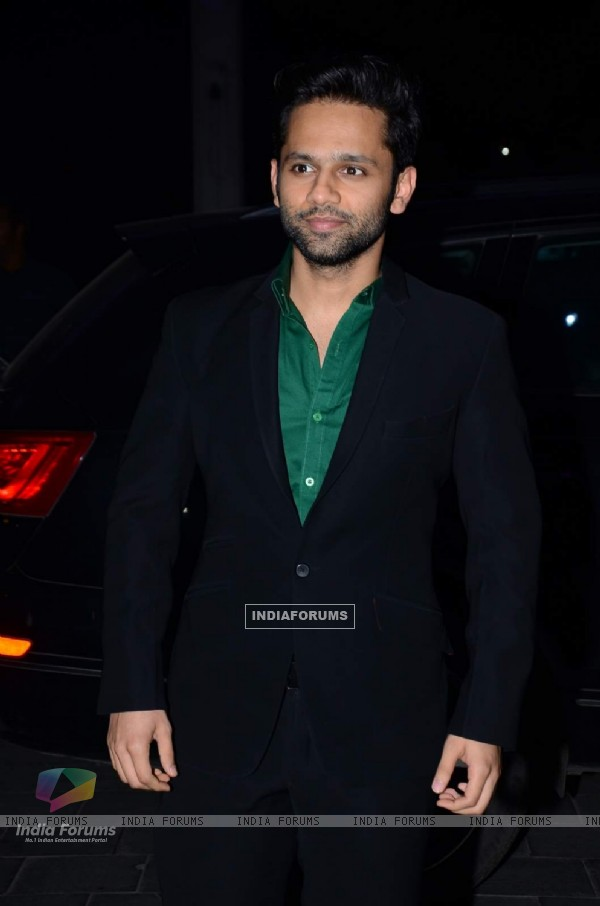 Rahul Vaidya poses for the media at Tulsi Kumar's Wedding Reception