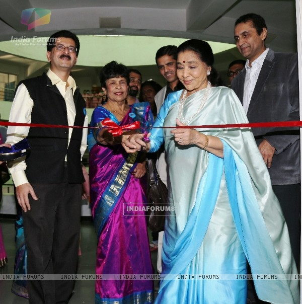 Asha Bhosle Inaugurates Small Steps Morris Autism and Child Development Center