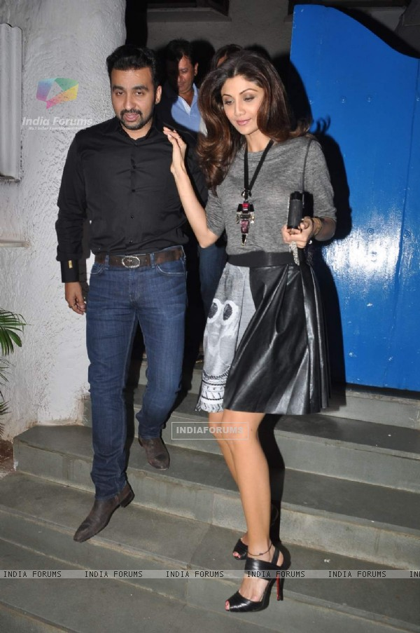 Shilpa Shetty and Raj Kundra were snapped at Bandra