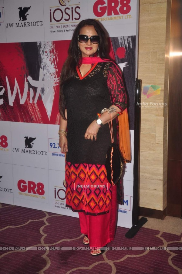 Poonam Dhillon poses for the media at GR8 Beti Bash