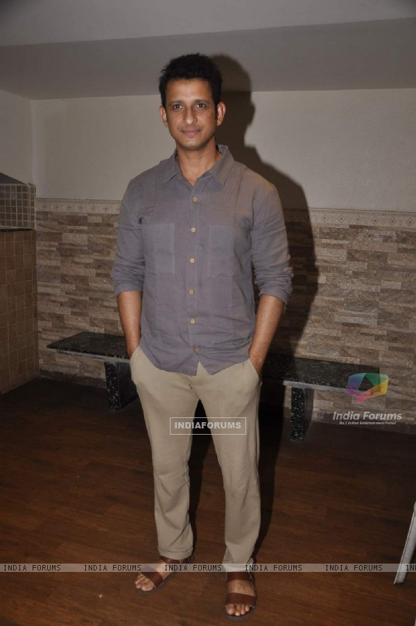 Sharman Joshi poses for the media at the Preview of the Play Unfaithfully Yours