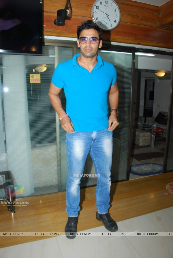 Sangram Singh poses for the media at Madhureema Album Launch