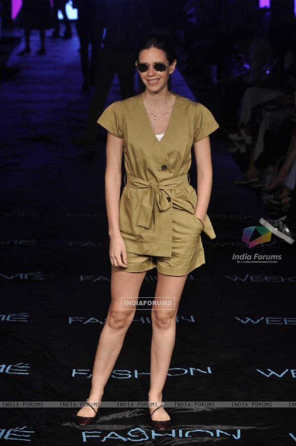 Kalki Koechlin walks the ramp at Lakme Fashion Week 2015 Day 3