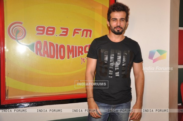 Jay Bhanushali at the Promotions of Ek Paheli Leela on Radio Mirchi 98.3 FM
