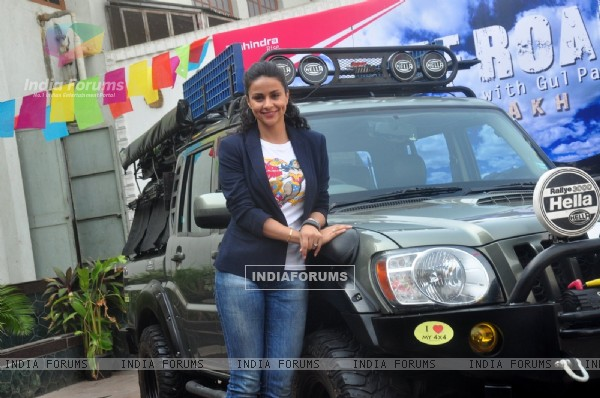 Gul Panag poses for the media at the Launch of Mahindra & Discovery's 'Off Road