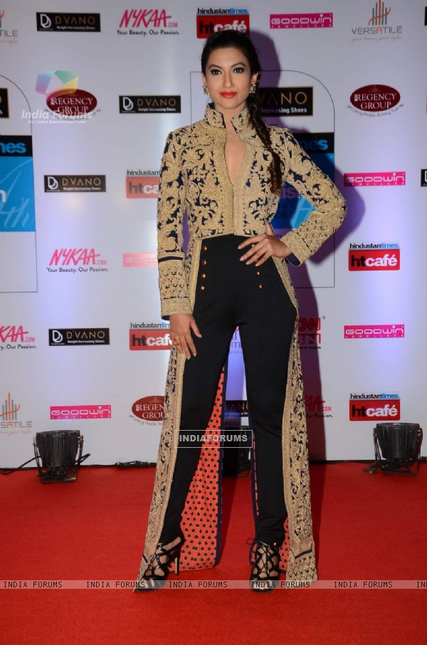 Gauahar Khan poses for the media at HT Style Awards 2015