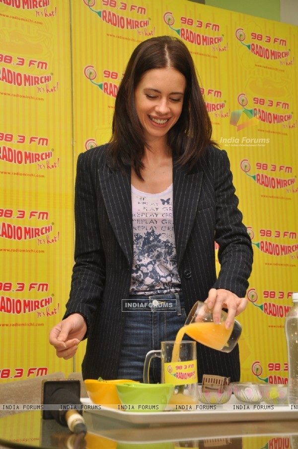 Kalki Koechlin preparing Margarita at the Promotions of Margarita, with a Straw on Radio Mirchi