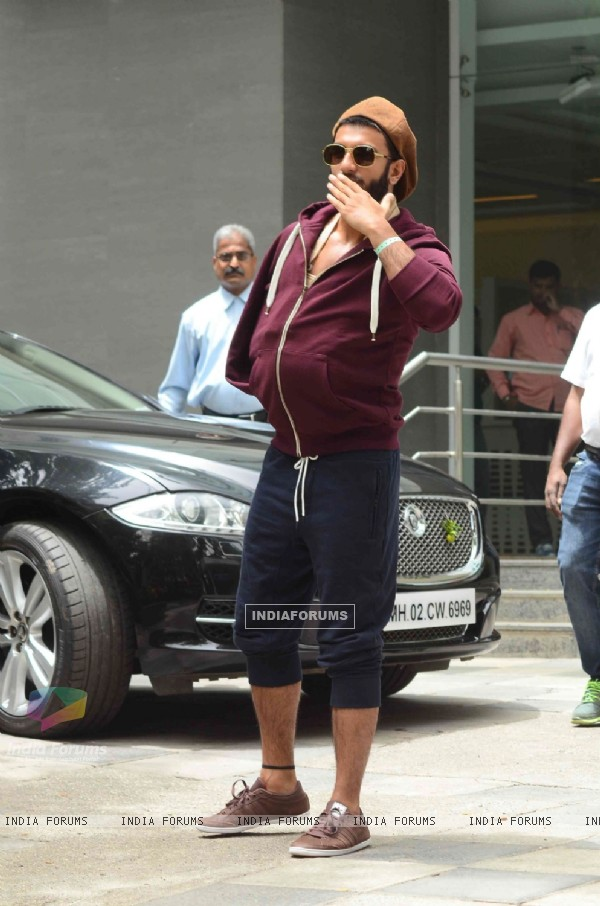 Ranveer Singh giving flying kiss to his fans during his discharge from the hospital