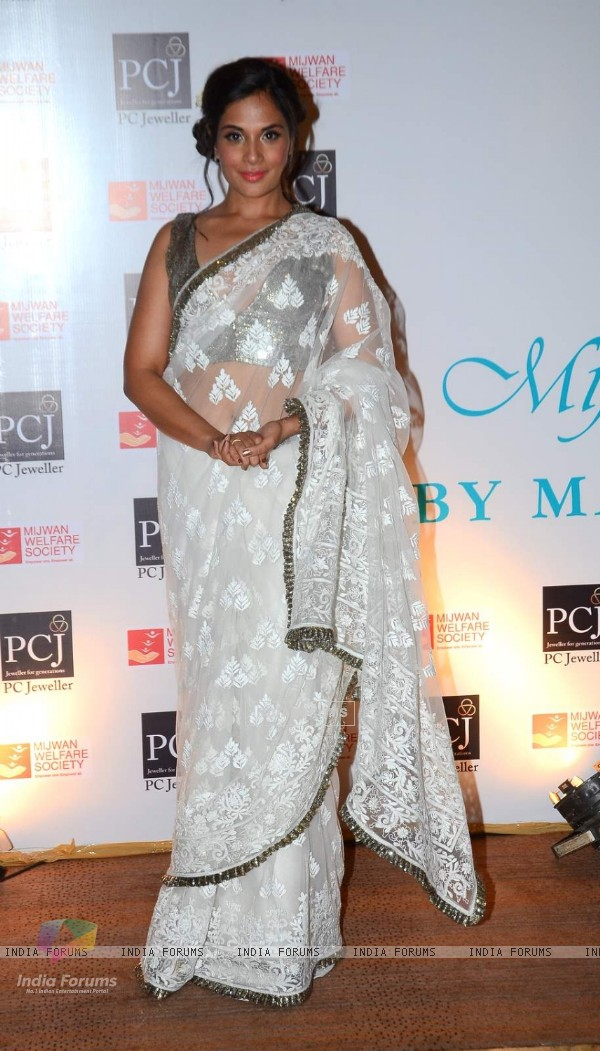 Richa Chadda at 'Mijwan-The Legacy' a Fashion Show in Support of the Mijwan Welfare Society