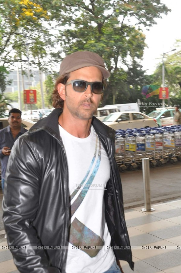 Hrithik Roshan was snapped at Airport