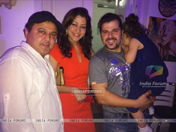 Aditi Gowitrikar and Ali Asgar at Bakhtiyaar Irani's Surprise Birthday Bash for Wife Tanaaz Irani