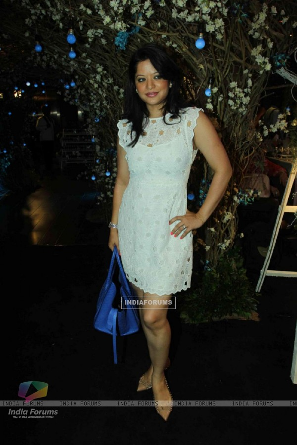 Arzoo Govitrikar poses for the media at Maheka Mirpuri's Summer Resort Preview