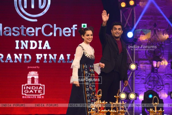 Promotions of Tanu Weds Manu returns at  Grand Finale of Masterchef Season 4