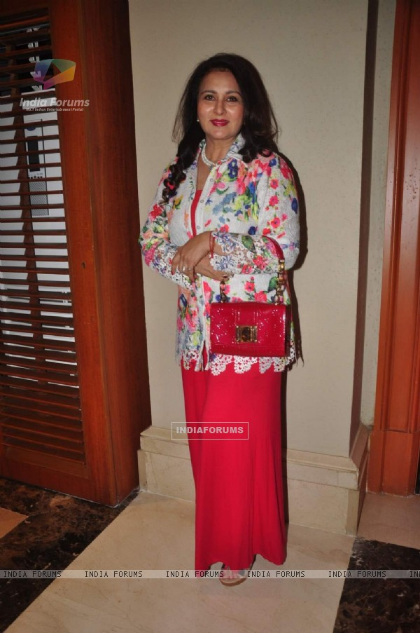 Poonam Dhillon at The Beti Fashion Show 2015