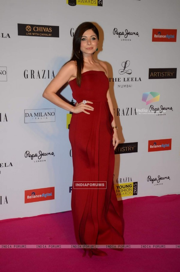 Kanika Kapoor at Grazia Young Fashion Awards
