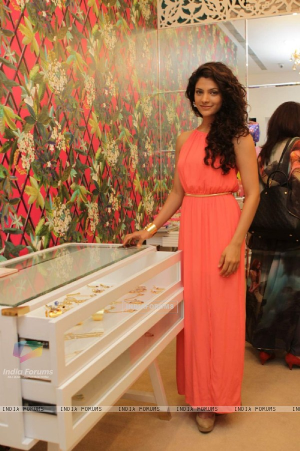 "Saiyami Kher poses at Mitaali Vohra's ""The Bohemian"" Flagship Store In Mumbai"