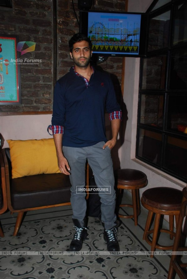 Akshay Oberoi at the Launch of  Movie Bombariya