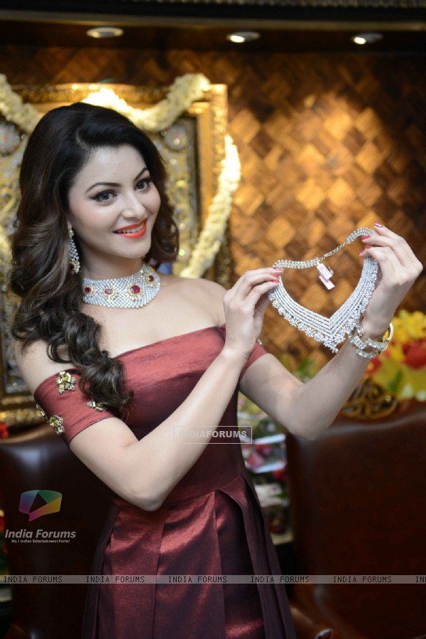 Urvashi Rautela at Launch of  Sunar Jewellery Shop in New Delhi