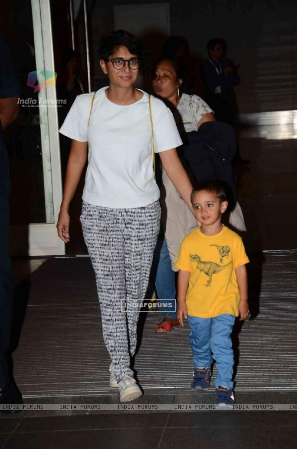 Kiran Rao was snapped with son Azad at Airport while returning from Disneyland Trip