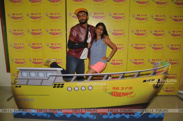 Ranveer Singh Promoting Dil Dhadakne Do at Radio Mirchi Studio