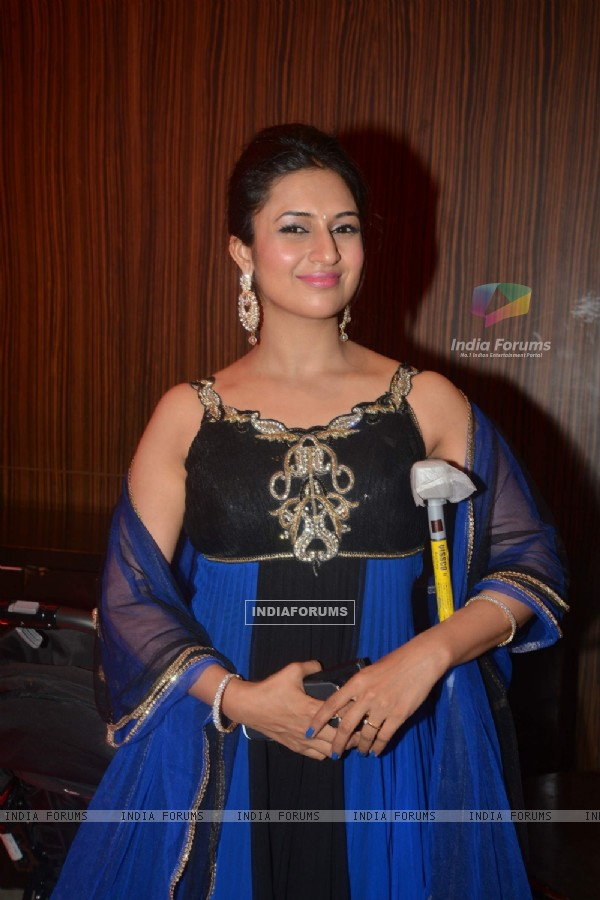 Divyanka Tripathi at Karan Patel and Anikta's Cermony