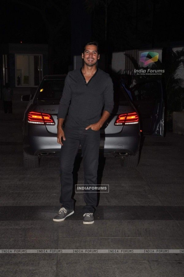 Dino Morea at Priyanka and Kangana's Bash for Winning National Awards