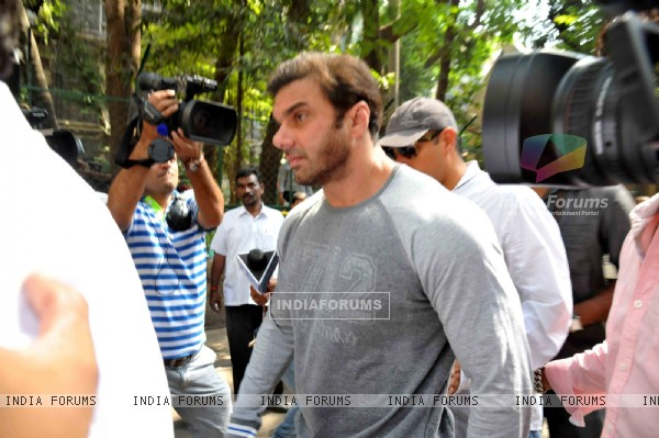 Sohail Khan at Court