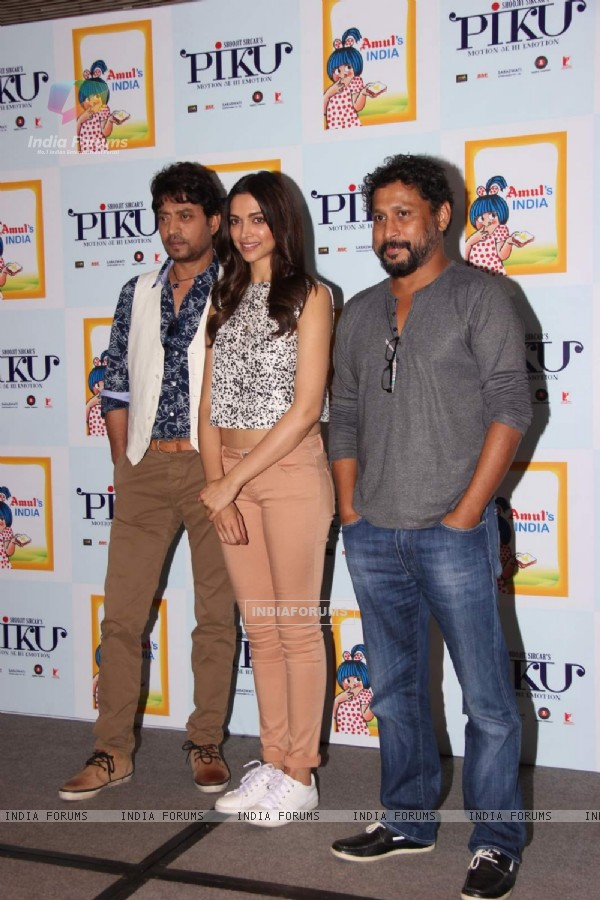 Piku Team at Amul Book Launch