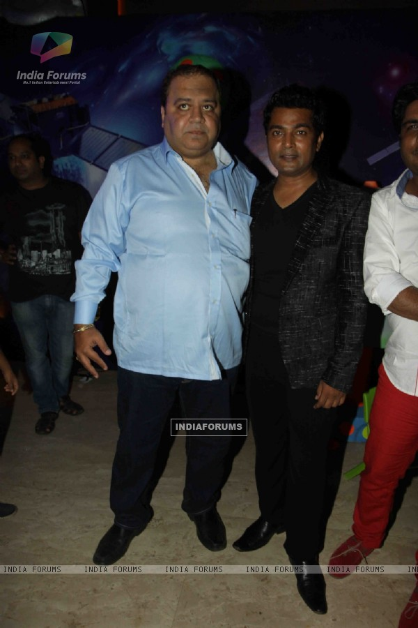 Naveen Prabhakar at Kishor & Pooja Dingra's Son Aakash 7th Birthday Party